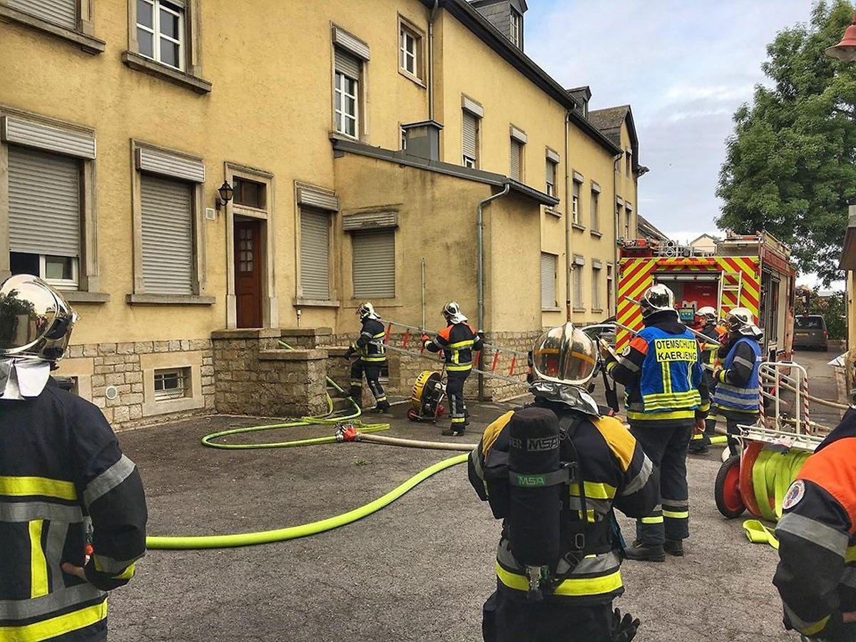 Die Feuerwehrleute hatten den Brand schnell unter Kontrolle.