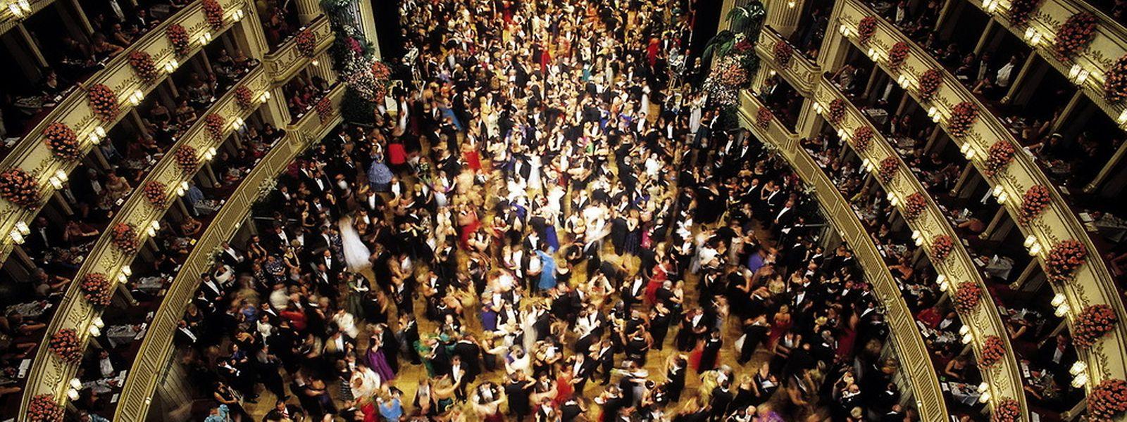 Die Veranstalter des Wiener Opernballs versuchen schon seit längerem, dem Ball das Skandal-Image zu nehmen.