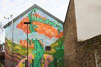 Der Künstler Stick hat die Giebelseite des zukünftigen Hariko-Gebäudes gestaltet. / Foto: Arlette SCHMIT-THIERING