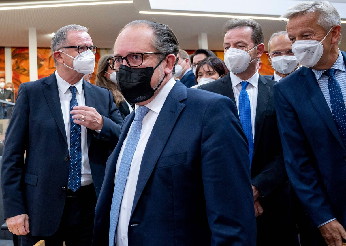 Alexander Schallenberg bei seiner Ankunft im Nationalrat.