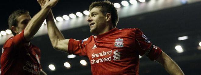 Fussball Liverpool Ikone Gerrard Beendet Karriere