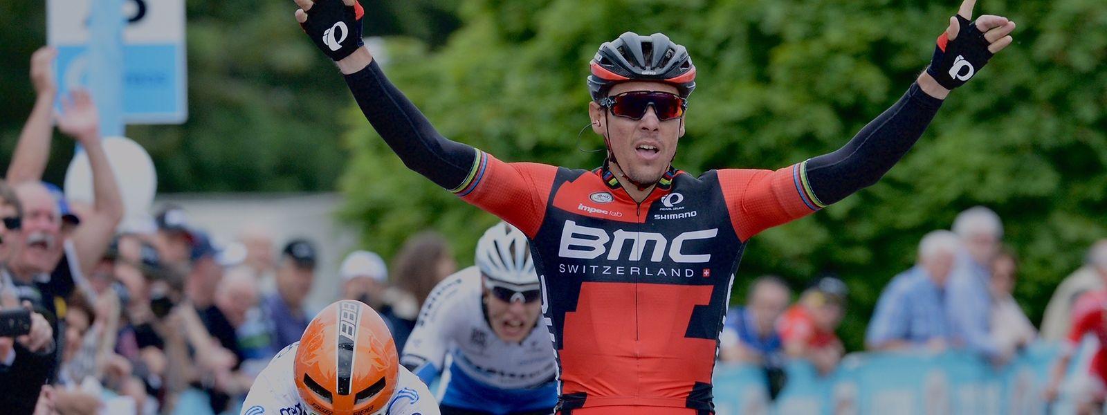 Philippe Gilbert feierte den Sieg, Alex Kirsch (im Hintergrund) wurde Dritter.