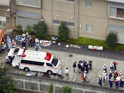 Le massacre s'est déroulé dans un endroit montagneux de la ville de Sagamihara, qui compte plus de 700.000 habitants et se trouve à une cinquantaine de kilomètres de la capitale japonaise.