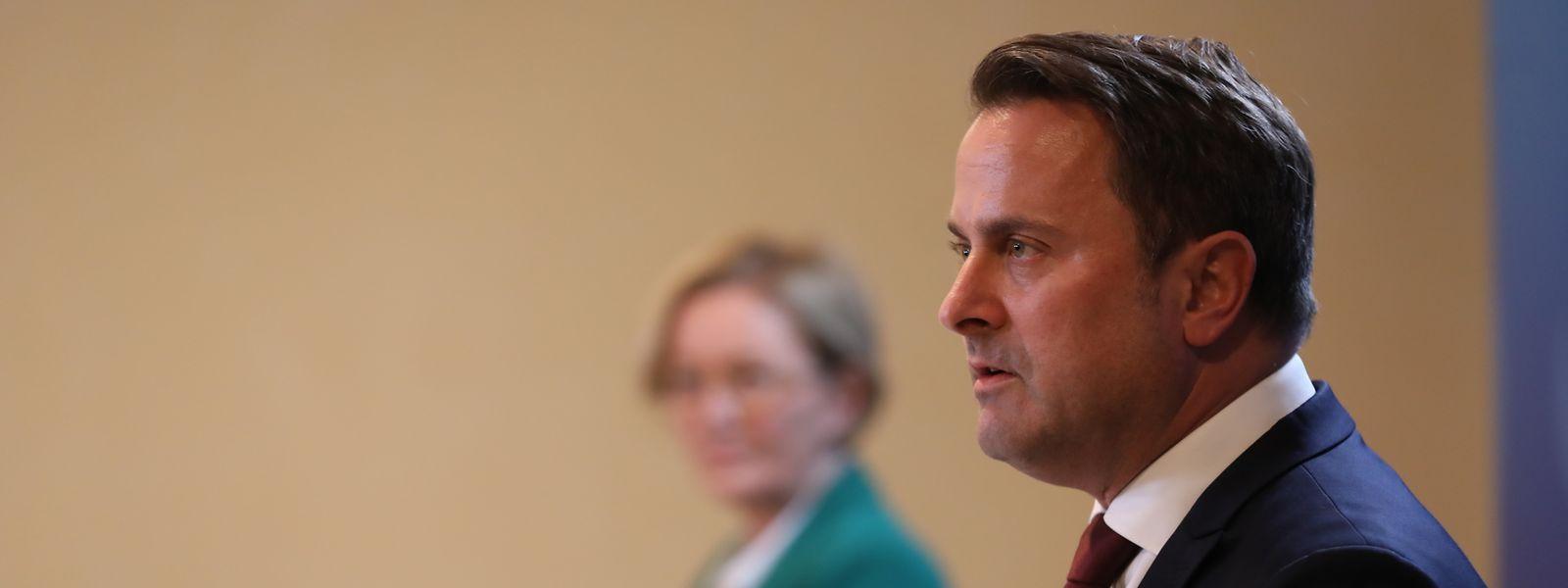 Premier Bettel und Gesundheitsministerin Lenert wollen unverzüglich handeln, wenn die Zahl der Patienten in den Kliniken ansteigen sollte.