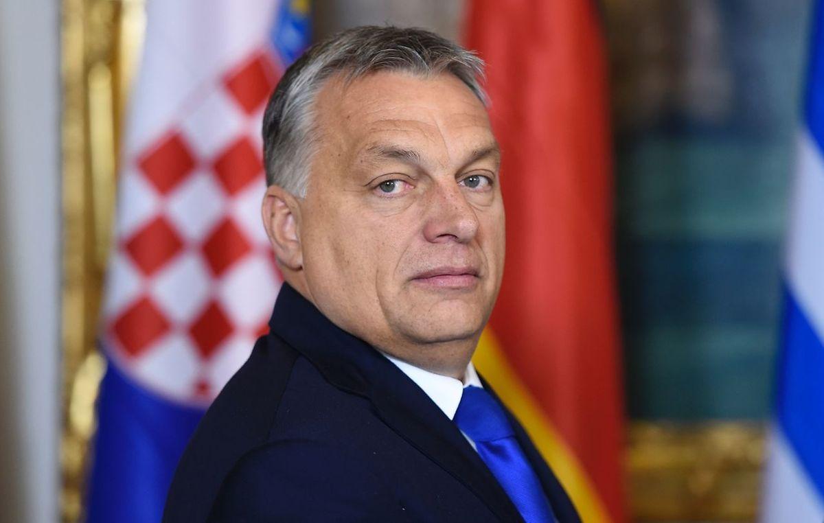 """O primeiro-ministro da Hungria, Viktor Orban, tem sido autor de uma política anti-imigrante que a Amnistia Internacional considera """"degradante"""" e """"desumana"""""""