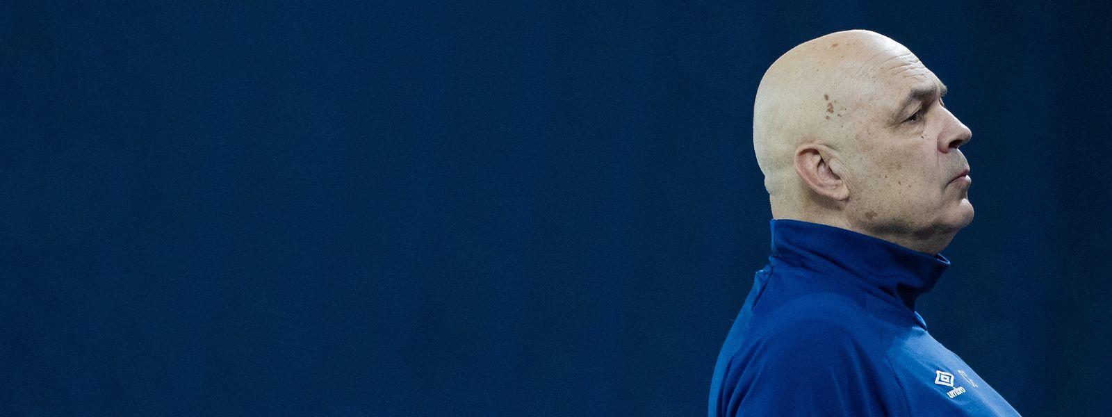 Trainer Christian Gross hat bei Schalke keine Zukunft.