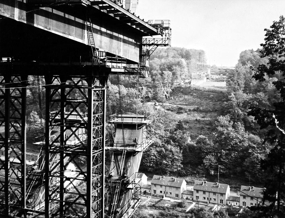 Le chantier de construction en 1964.