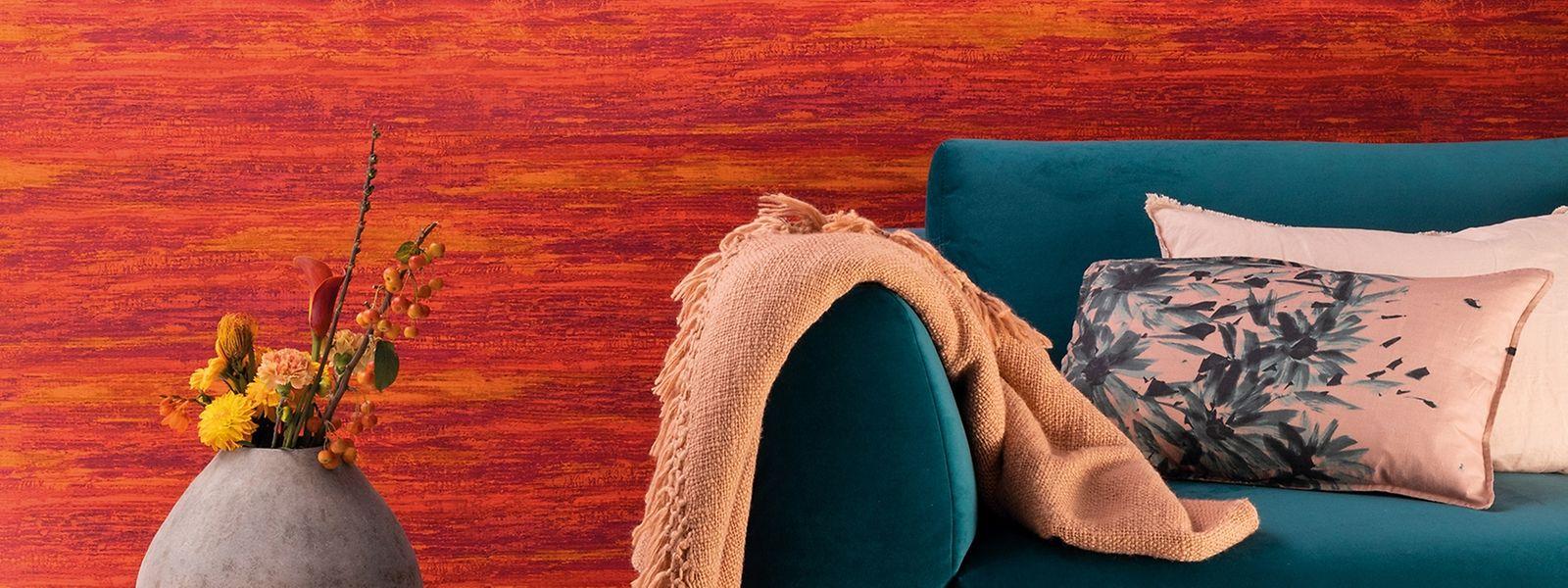 Farben in warmen Tönen, die an einen Gewürzbasar erinnern, schaffen eine gemütliche Atmosphäre.