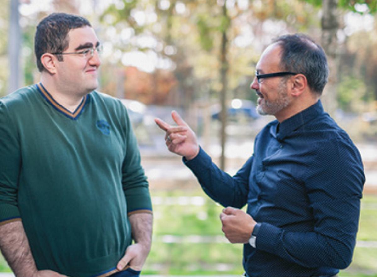 Ziya Alper Genç et Gabriele Lenzini dirigent un groupe de chercheurs spécialisés en informatique, au sein de l'Uni
