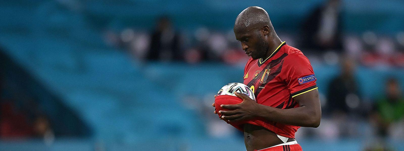 Romelu Lukaku trifft vom Punkt, doch seine Belgier verlieren trotzdem.
