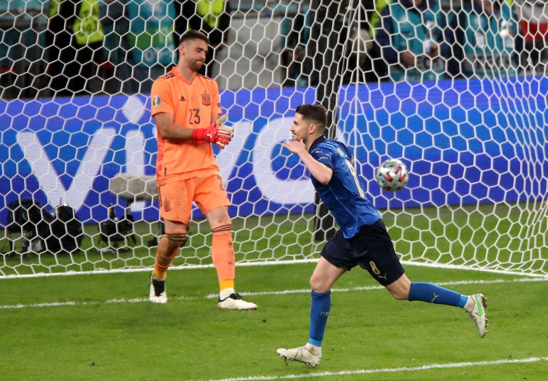 Jorginho n'a pas tremblé, et réussit le tir au bit synonyme de qualification pour la finale de dimanche, toujours à Wembley.