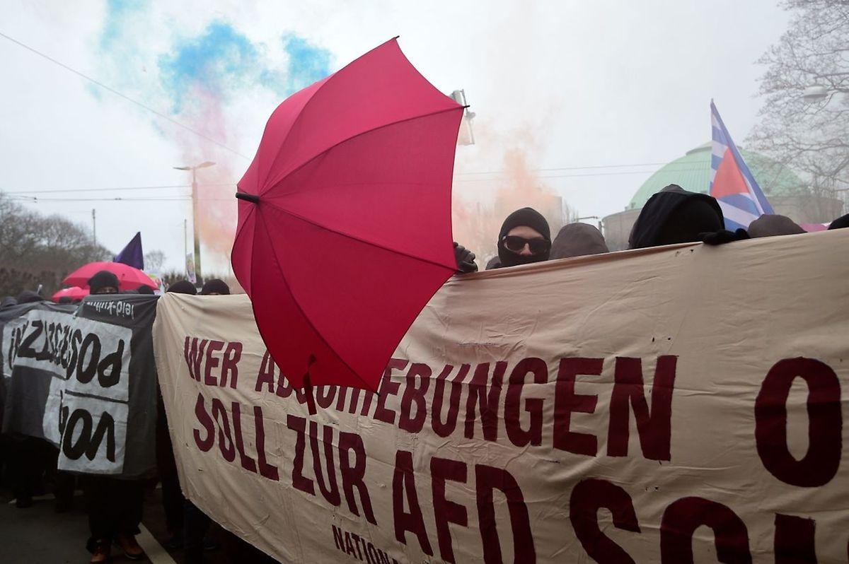Demonstrationen gegen den Parteitag der AfD.