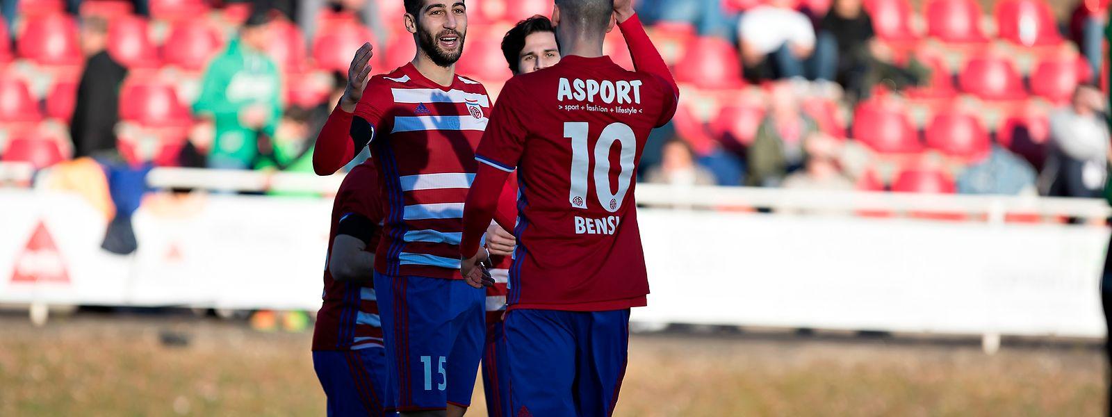 Samir Hadji (n° 15) marcou dois dos golos do Fola frente ao Mondorf.