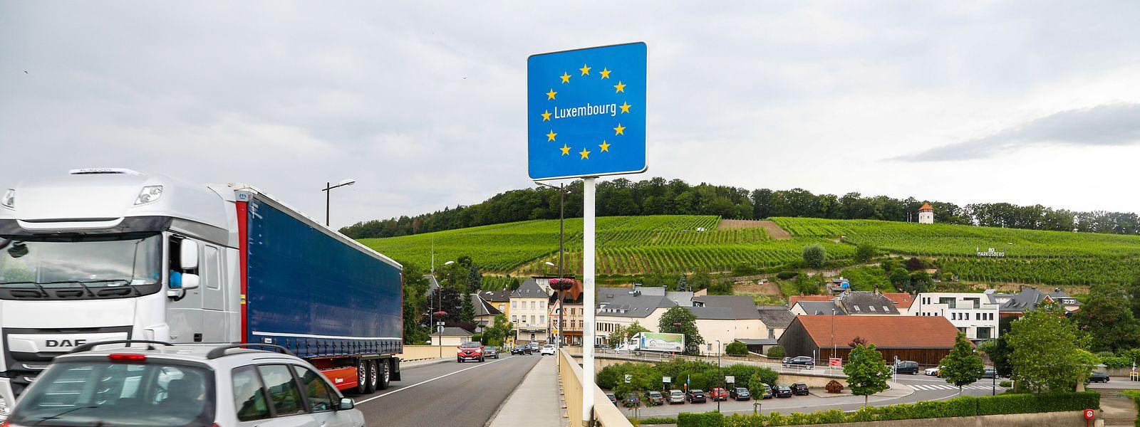 Seltener Ausblick: Erst, wenn der Berufsverkehr weg ist, läuft es reibungslos in Schengen.