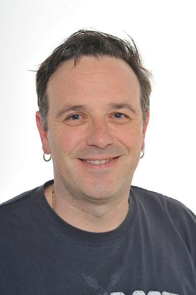 Sänger John Rech, arbeitet bei der Gemeindeverwaltung in Düdelingen und bietet eine Tour durch seine Heimatstadt Düdelingen an.