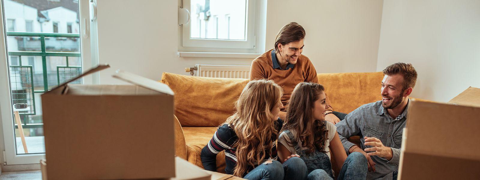 Dans le contexte de pression immobilière, la colocation apparaît comme une solution idéale pour de nombreux jeunes.