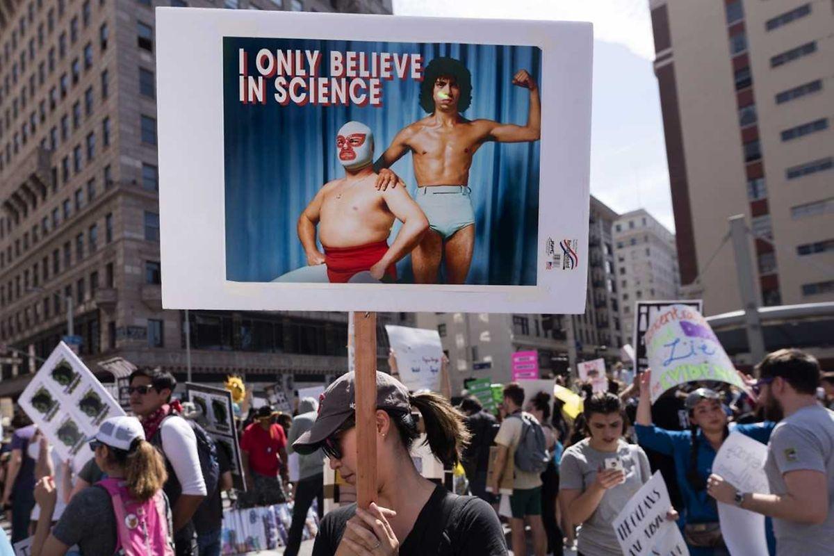 """Die Forscher sind besorgt wegen Trumps """"Krieg gegen die Wissenschaft""""."""