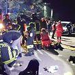 Unter Berufung auf die Rettungskräfte hieß es, dass UCH rund 100 Menschen verletzt wurden, rund zehn von ihnen schwer.