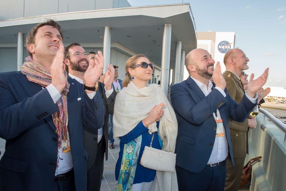 Sur la terrasse du batiment de la NASA, par une belle après-midi de janvier en Floride, la délégation a vécu un lancement sans accroc.