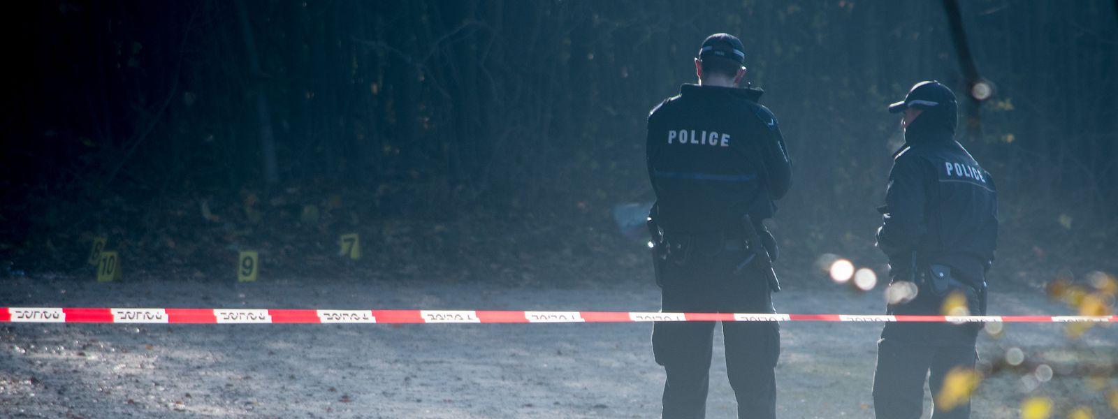 Der Leichnam wurde in der Nacht zum 14. November 2016 am Waldparkplatz Fräiheetsbam in Strassen entdeckt.