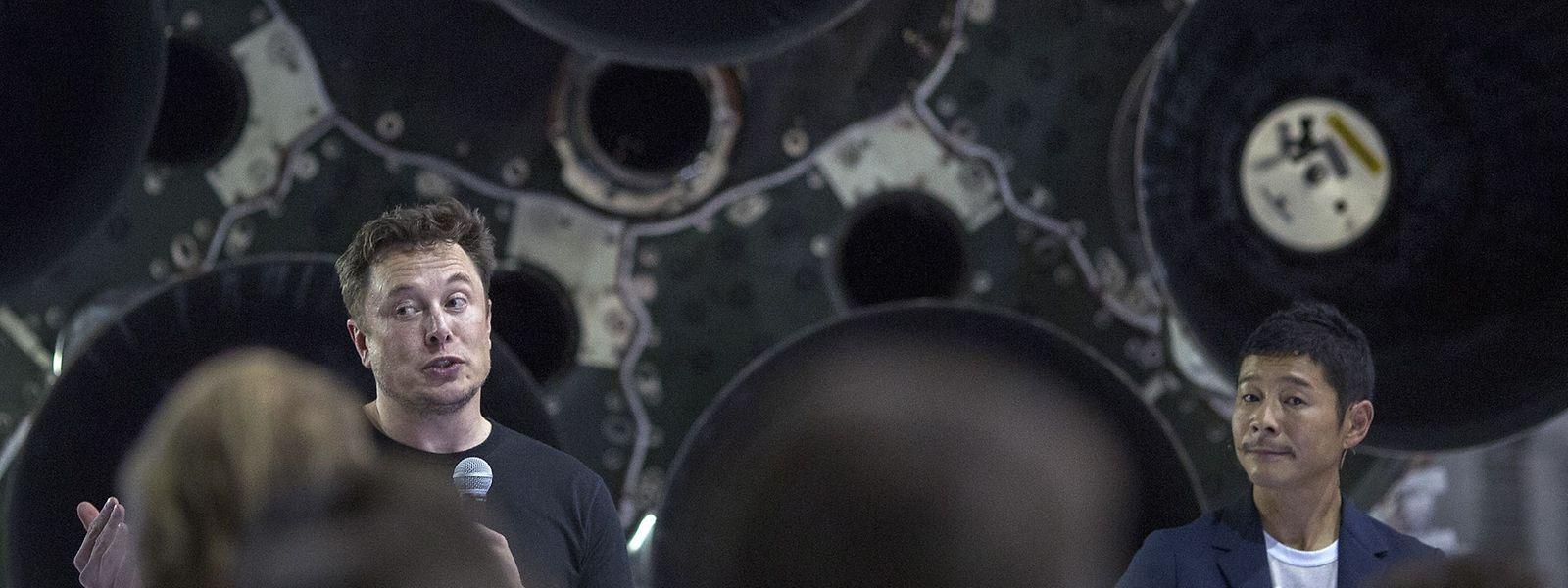 SapceX-Chef Elon Musk (links) mit dem Auserwählten, dem Milliardär Yusaku Maezawa.