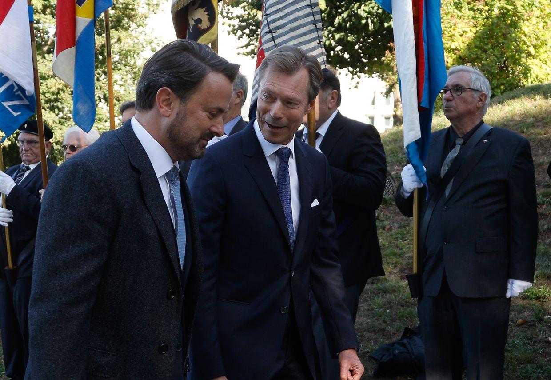 Le grand-duc Henri et le premier Ministre Xavier Bettel en pleine conversation