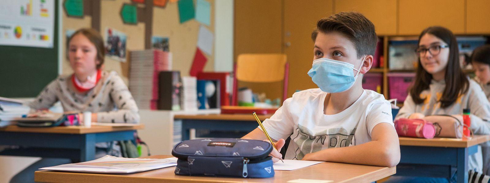 Selon la ministre de la Santé, aucun doute, «personne ne s'est infecté à l'école». Une affirmation bien incertaine.