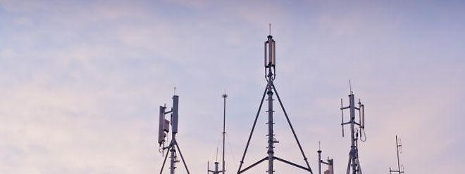 Drei Anbieter können in Zukunft die schnelle LTE-Technik anbieten.