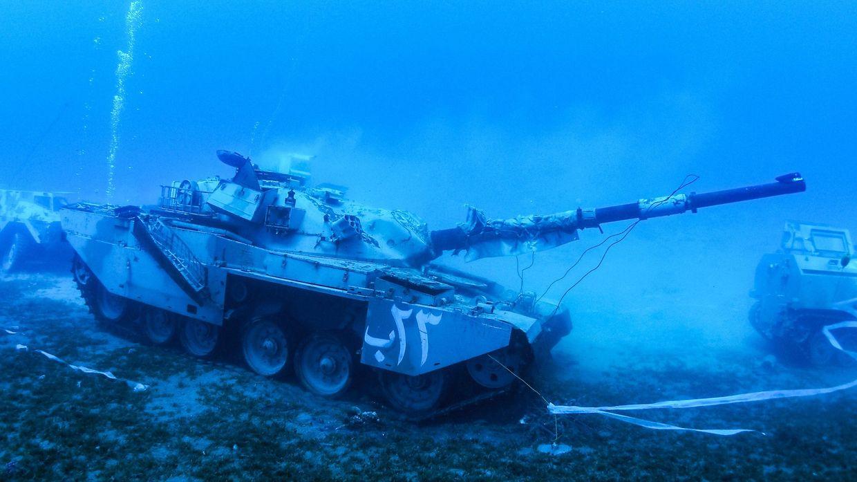 Akaba (Jordanien). Schrott auf dem Meeresgrund? Von wegen, der Khalid-Panzer ist Teil eines neuen Militärmuseums – seine Besonderheit: Es liegt auf dem Grund des Roten Meeres.