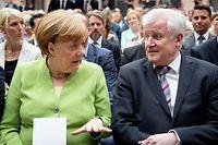Bundeskanzlerin Angela Merkel (CDU) und Horst Seehofer (CSU), Bundesminister des Innern, für Bau und Heimat.