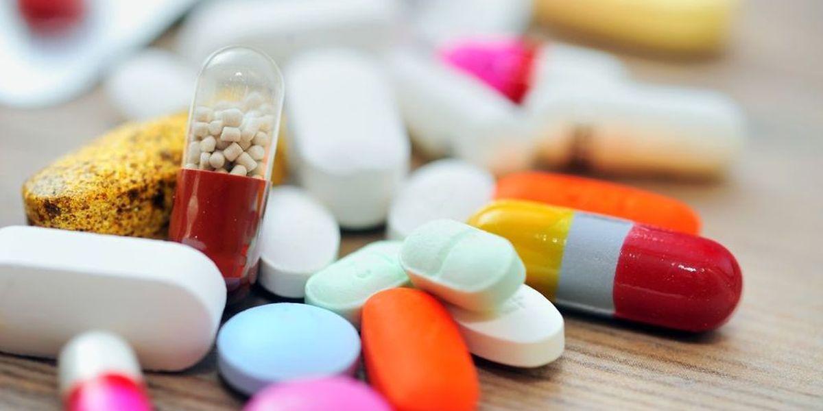 A compter du 18 décembre prochain, 25 médicaments seront retirés du marché pour cause d'irrégularité «dans des documents associés à des essais cliniques» concernant ces traitements.