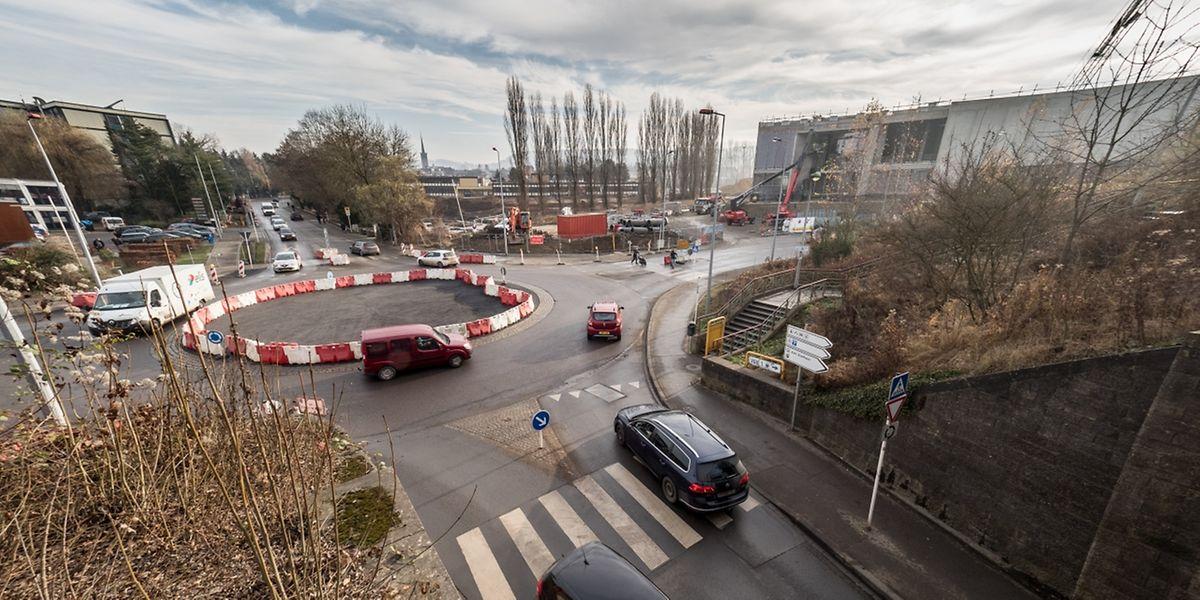 Der Kreisverkehr am Differdinger Stadteingang wird einer Ampelkreuzung weichen.