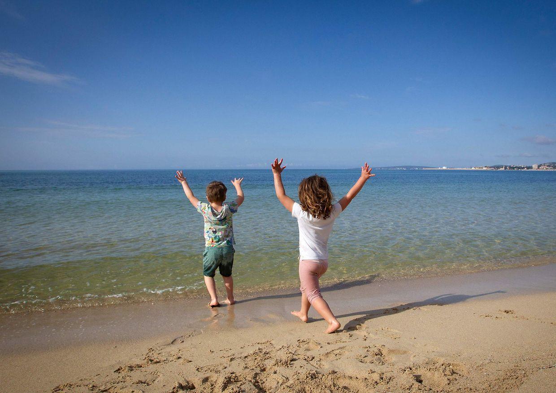 Début du déconfinement des enfants en Espagne