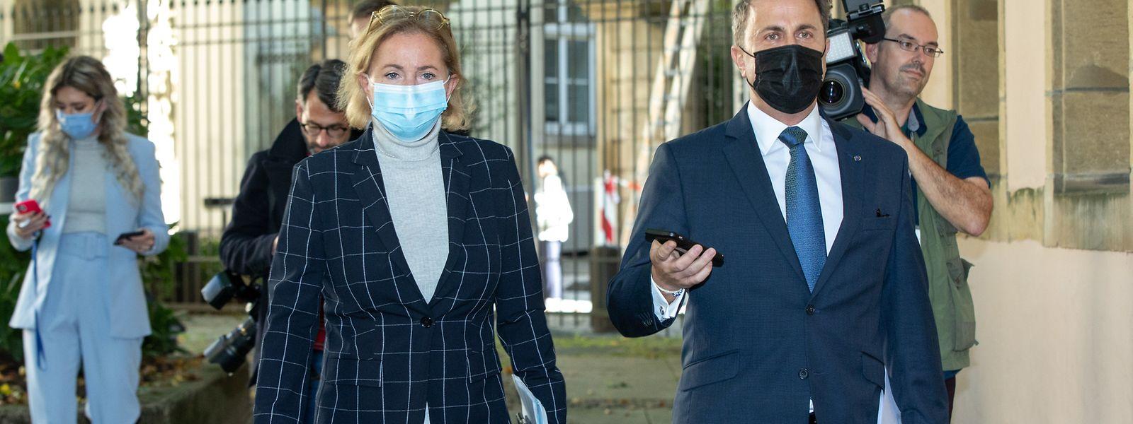 Gesundheitsministerin Lenert und Premier Bettel informierten die Öffentlichkeit am Freitag über die neuen Corona-Regeln.