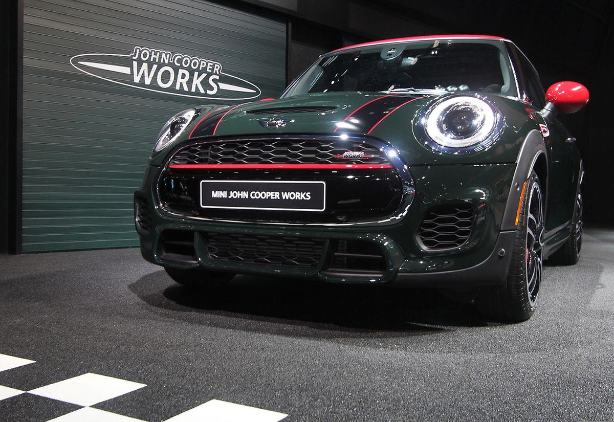 Kleiner Kraftprotz:Der neue Mini John Cooper Works ist mit einem 170 kW/231 PS starken Vierzylinder bestückt.