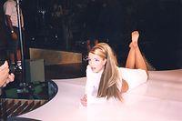 HANDOUT - 08.04.2021, ---: Szene der US-Doku «Framing Britney Spears» (undatierte Filmszene). Diese   zeigt, wie Vater J. Spears die Vormundschaft zugesprochen bekam und seitdem nicht nur über Terminkalender, Finanzgeschäfte und Verträge seiner Tochter bestimmen kann, sondern auch kräftig daran mitverdient. Der Film ist bei Amazon Prime Video abrufbar. Foto: Amazon Prime Video/dpa - ACHTUNG: Nur zur redaktionellen Verwendung im Zusammenhang mit einer Berichterstattung über das Streaming des Films und nur mit vollständiger Nennung des vorstehenden Credits +++ dpa-Bildfunk +++