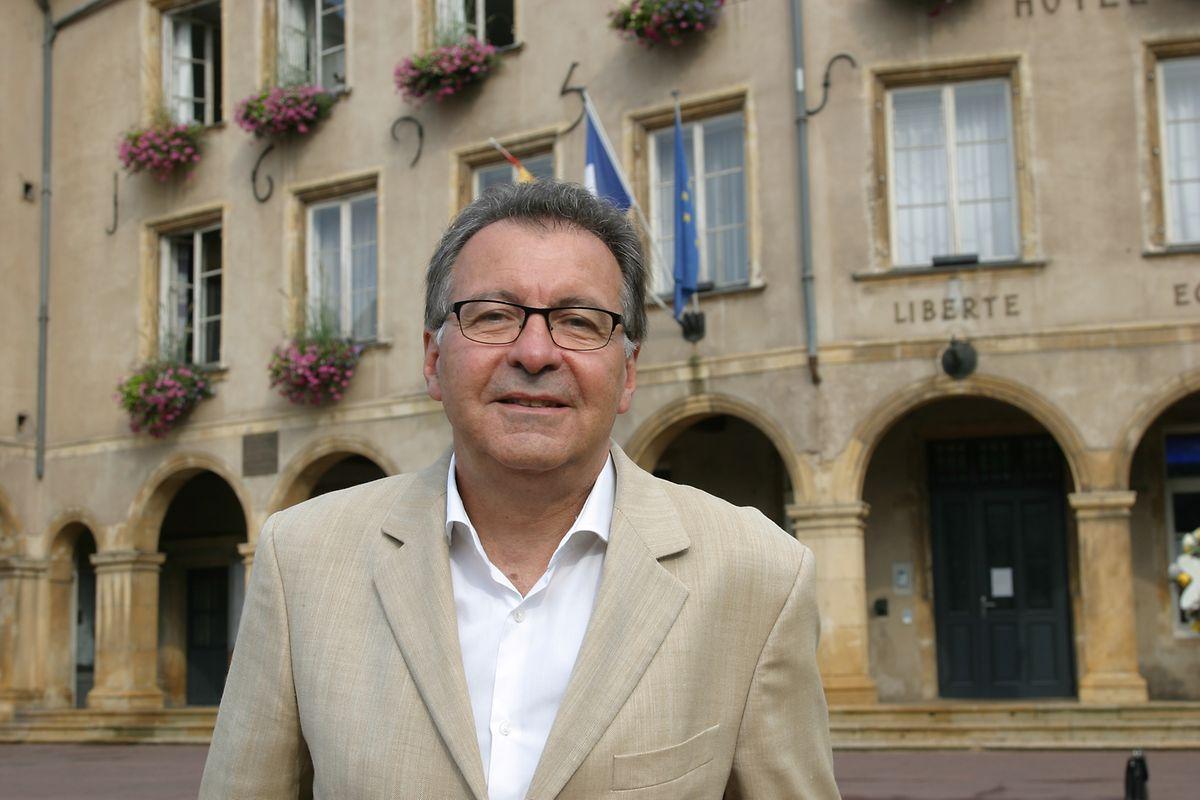 Le Dr Pierre Cuny, 59 ans, est entré en politique en 2008 et a siégé six ans dans l'opposition au conseil municipal de Thionville.