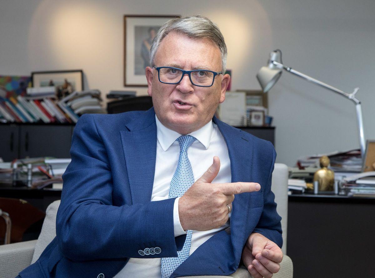 Nicolas Schmit, ministre du Travail, de l'Emploi et de l'Économie sociale et solidaire: «Il faut simplement partir de l'hypothèse que du moment où vous êtes plusieurs dans un ménage, adulte ou enfant, vous avez la classe 2. Point».