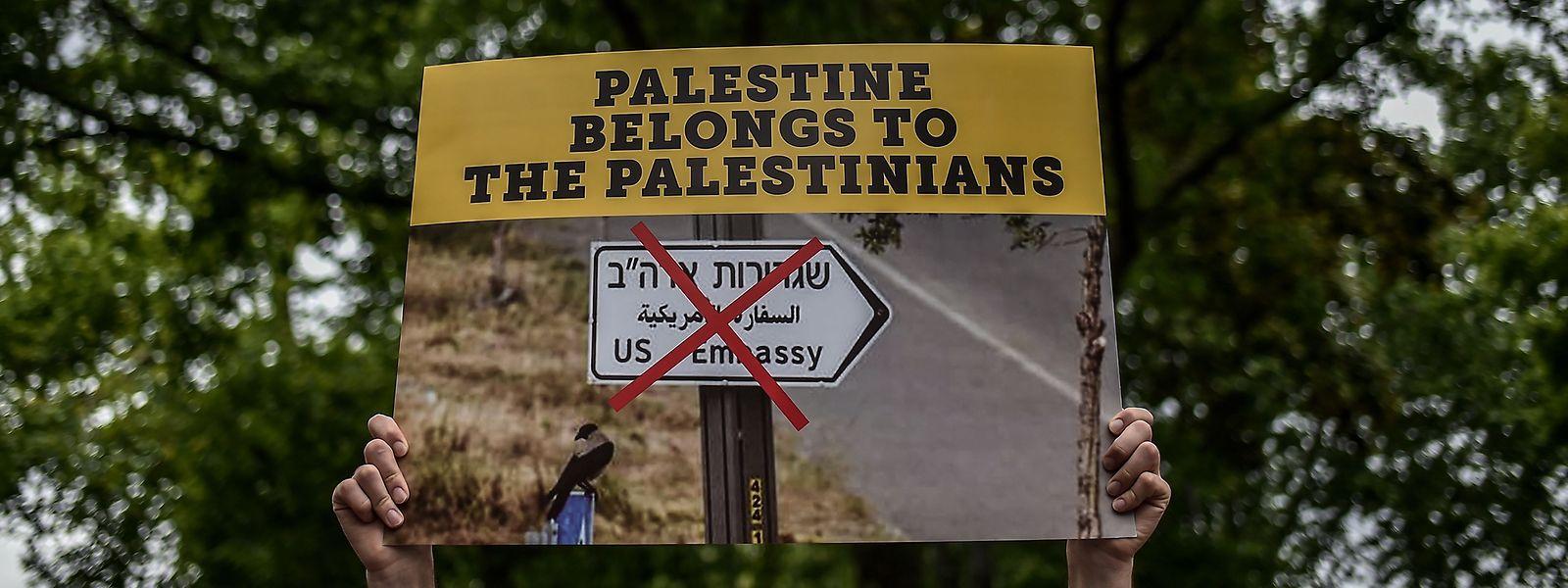 Die Lage in Nahost hatte sich zuletzt auch wegen des Ausstiegs der USA aus dem internationalen Atomabkommen mit dem Iran zugespitzt.