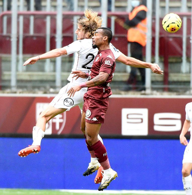 Metz n'avait gagné qu'un seul de ses dix derniers matches face à Lorient avant ce week-end. Les Grenats ont fait le travail dimanche et ont pris logiquement l'avantage grâce à un Ibrahima Niane déchainé.