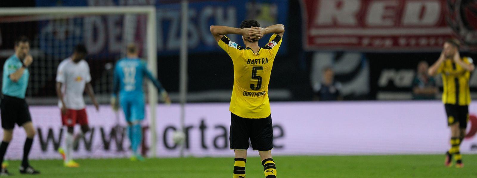 Marc Bartra und die Dortmunder unterlagen mit 0:1 in Leipzig.