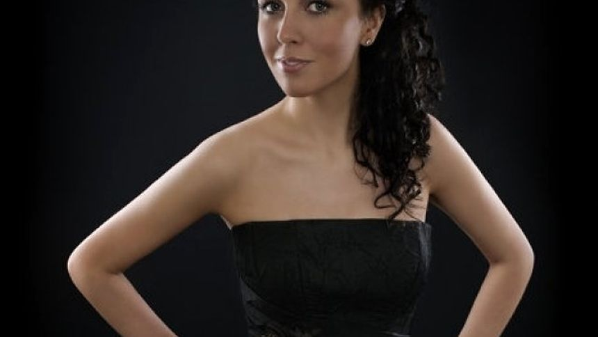 Helen Smith came from Ireland to Luxembourg to pursue a career as an opera singer