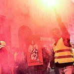 """Os coletes amarelos voltam a sair às ruas e governo fala de """"golpe de Estado"""""""
