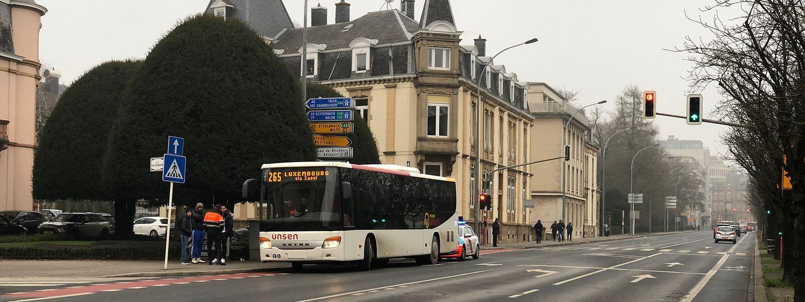 Die Einfahrt zur Avenue Marie-Thérèse war nach dem Unfall zeitweilig blockiert.