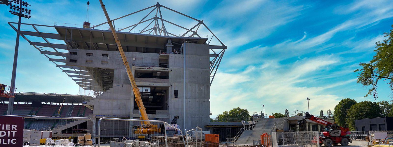 La nouvelle tribune sud ne sera pas opérationnelle pour la reprise du championnat selon le président Bernard Serin.