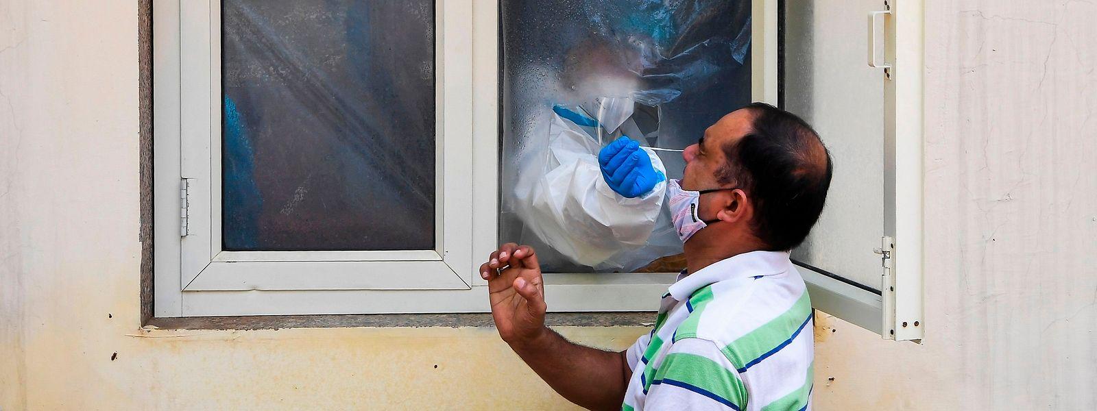 Indien hat mittlerweile Brasilien überholt und verzeichnet nach den USA die meisten Corona-Infektionen weltweit.