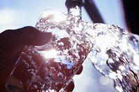 Das kostbare Gut Trinkwasser wird zunehmend knapp.