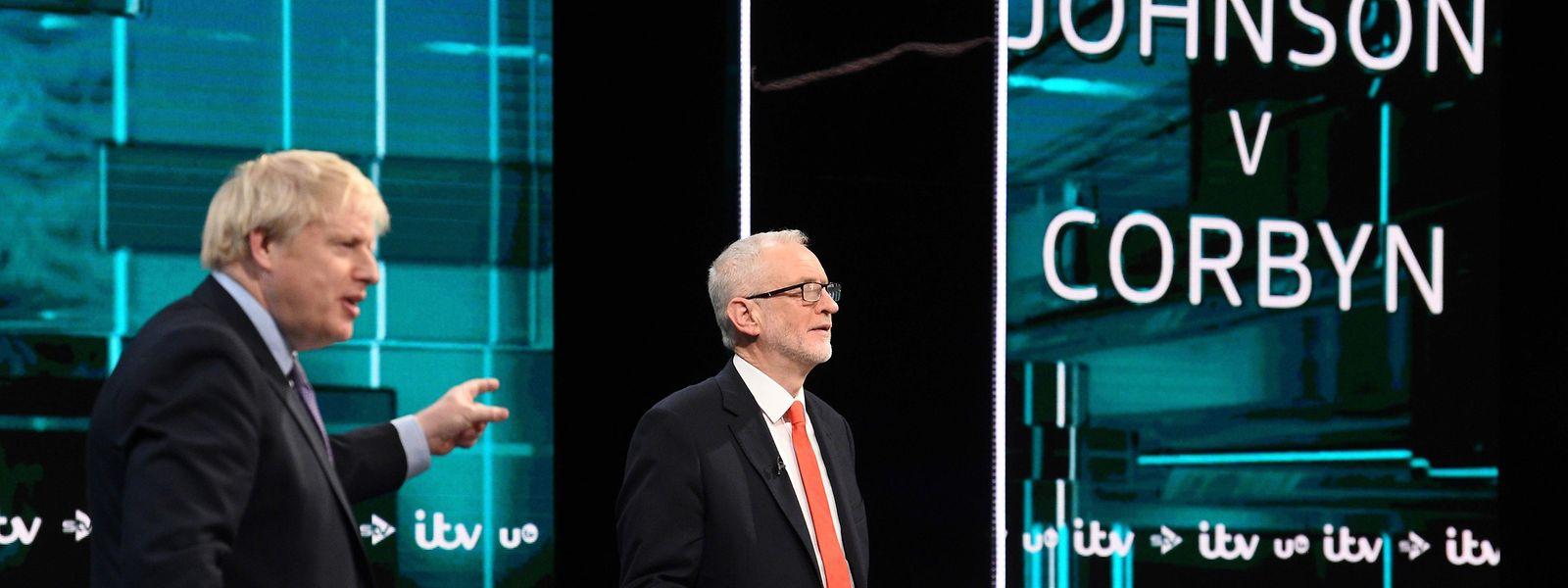 O primeiro-ministro inglês, Boris Johnson, e o líder trabalhista, Jeremy Corbyn, no debate que marcou a campanha.