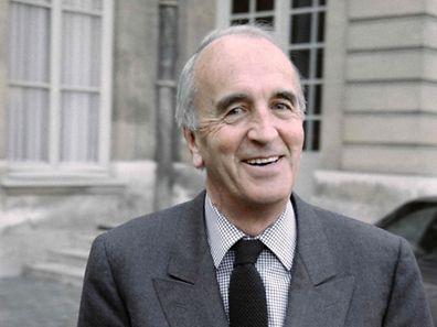 Fondateur de Canal+ en 1984, André Rousselet avait abandonné dix ans plus tard son fauteuil de PDG pour protester contre la prise de contrôle de la chaîne cryptée.