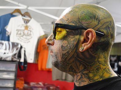 A paixão pelas tatuagens quebrou o preconceito e o estigma social, sendo hoje uma mera questão estética.